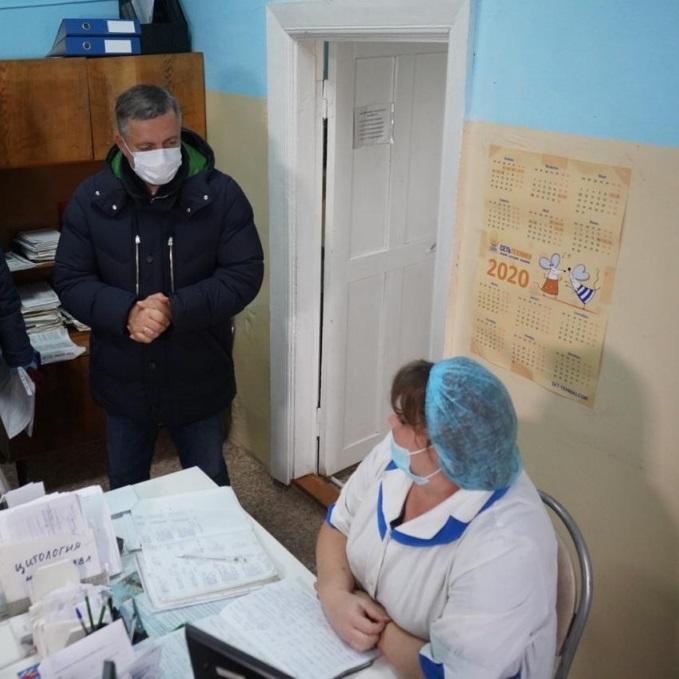 Игорь Кобзев предложил в ФАПах открывать аптечные пункты