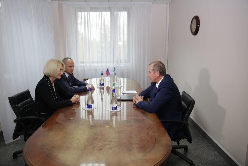 С1января последующего 2018г. вИркутской области увеличат заработную плату бюджетникам