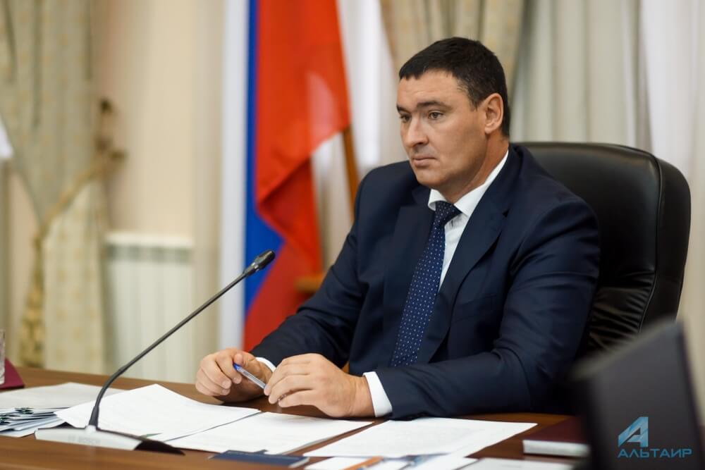 Премьер Иркутской области: Руслан Болотов