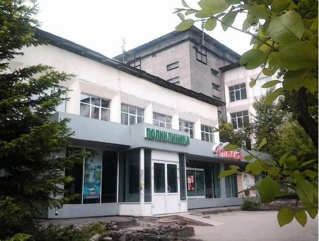 Главврача Шелеховской районной клиники сократили из-за плохой работы