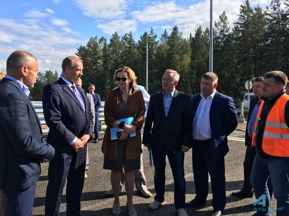 Д. Медведев дал поручения построительству дороги наОльхоне