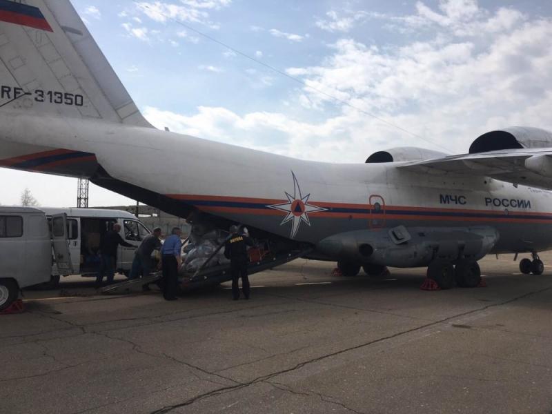 Ввыгоревшую Бубновку изИркутска отправили около 1,5 тонн гуманитарной помощи