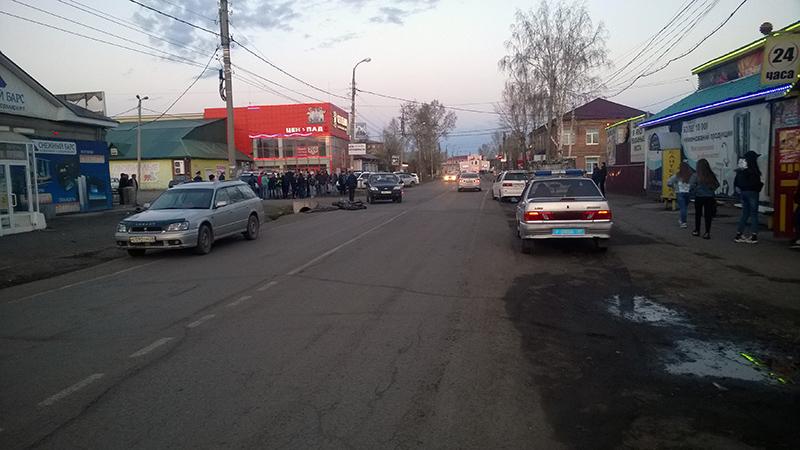 ДТП вТулуне: мотоциклист умер встолкновении с«Нивой»