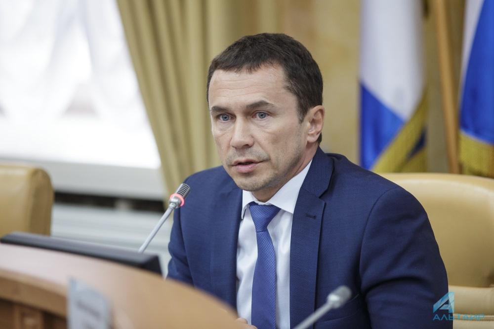 Бердников внес законопроекты обувеличении доходов бюджета Иркутска